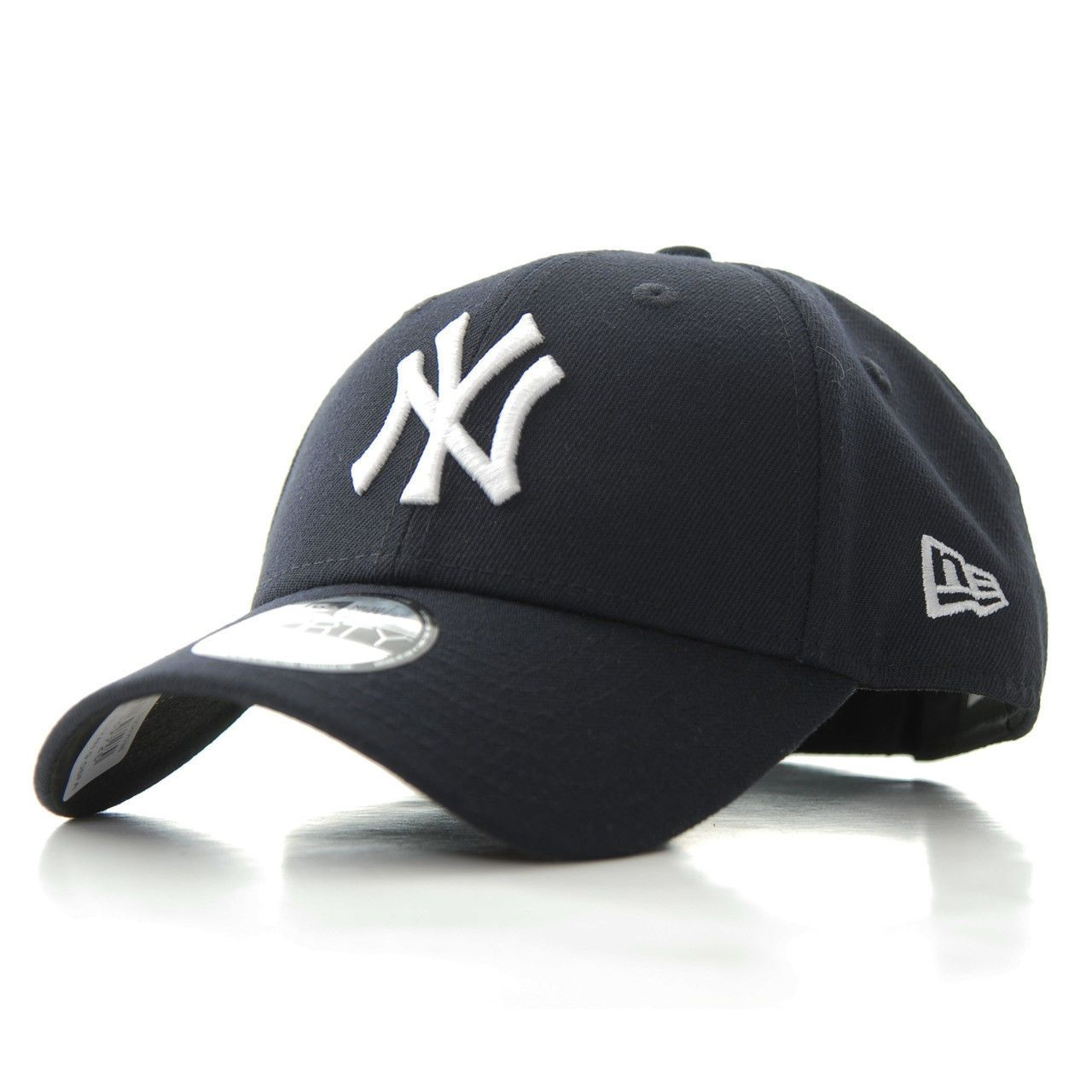 cb83e1f6d NEW ERA MENS 9FORTY BASEBALL CAP.THE LEAGUE NEW YORK YANKEES ADJUSTABLE HAT  538